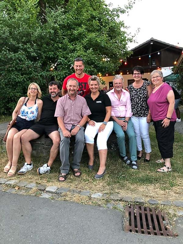 HV-H Besuch beim Nachbardorf Benroth 2019-06